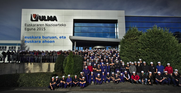 International Basque Language Day at ULMA, an exciting day attended by workers from all ULMA Group businesses.