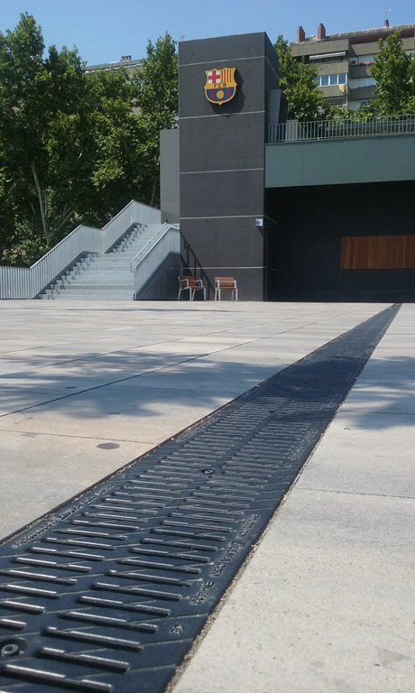 ULMA channels at the new entrance to the FC BARCELONA facilities at CAMP NOU