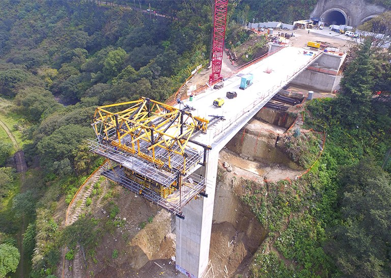 ULMA developed a comprehensive solution for the construction project of the Interlomas Viaduct, México