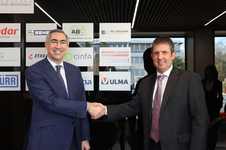 ULMA Group signs a collaboration agreement with Tecnun